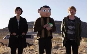 Carla (Maggie Gyllenhall), Frank (Michael Fassbender) og Jon (Domhnall Gleeson), alle tre spillet til perfektion. Foto: Miracle Film.