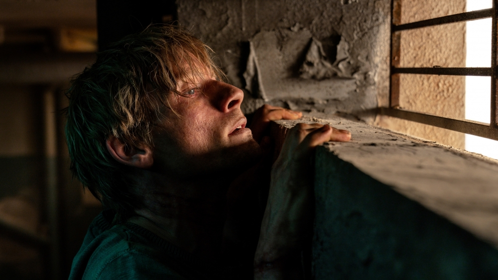 Esben Smed gør det glimrende som den unge og håbefulde freelancefotograf Daniel Rye. (Foto: Martin Dam Kristensen/Nordisk Film)