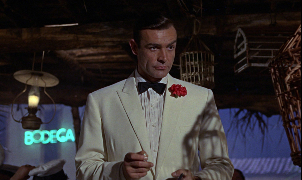 ean Connery spiller James Bond som den første og sætter kursen for, hvordan en James Bond-film skal udformes. (Foto: Sony Pictures)